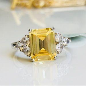 Jewelry - 14k white gold 4 CT fancy yellow diamond ring